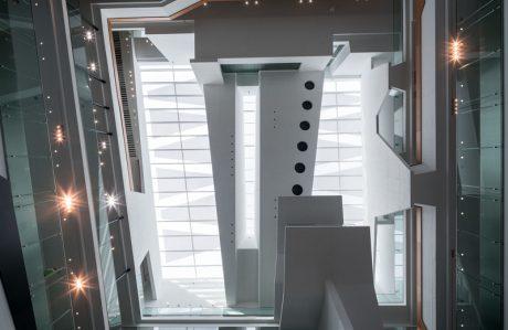 ZF Forum Blick zum Dach